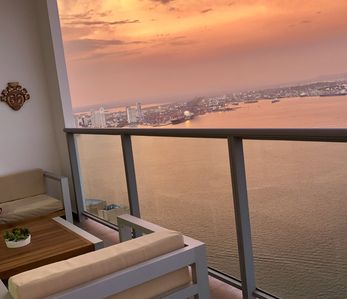 Photo for Luxury apartment with the best view in Cartagena
