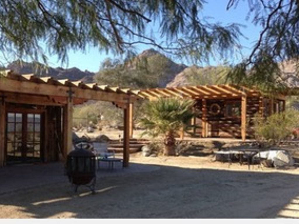 Desert Jewel Cabin With Spectacular View 5 Minutes From Palm Desert Cahuilla Hills
