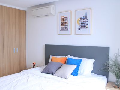 Photo for Luxury-Modern Apt near airport, 25 mins to city center