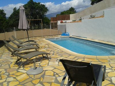 Photo for Secure villa with pool, 3 air conditioned bedrooms, Clos-garden
