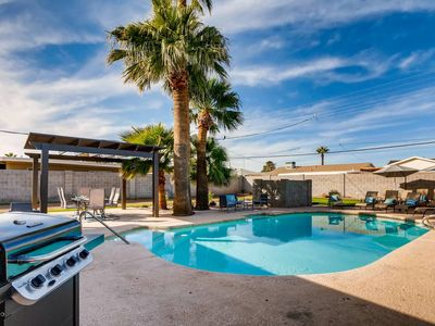 Photo for BOCCE BALL+HOT TUB+GOLF- 8 MIN TO OLD TOWN