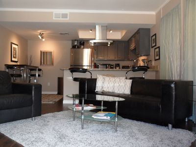 Photo for Ground Floor Condo - walking distance to Old Town