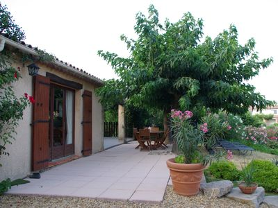 Photo for Beautiful floral quiet villa 8 km from the sea.