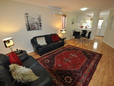 Photo for Subiaco Executive/Holidays Apartment. Free Wifi
