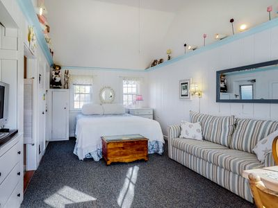 Photo for Oceanside cottage with ocean views & nearby beach access!