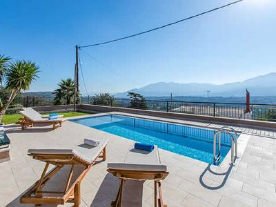 Photo for Stunning views of the White Mountains, 3 bedrooms, 2 bathrooms, FREE WiFi, FREE AC, Private Pool.