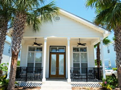 Photo for Upscale home One Block From The Beach Kimrenfroebooth@aol.com