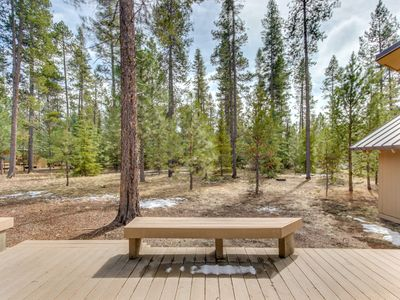 Photo for Cabin w/ 8 SHARC passes (access to shared pools, hot tub & more!)