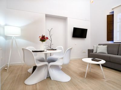 Photo for Confortable and modern one bedroom apartment wheelchair friendly