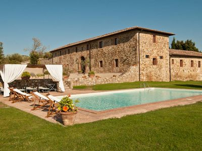 Photo for CHARMING FARMHOUSE near Castellina in Chianti (Chianti Area) with Pool & Wifi. **Up to $-1508 USD off - limited time** We respond 24/7