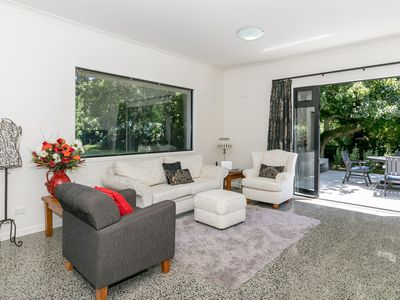 Photo for Modern and Spacious Apartment in Tamahere Country Living Zone
