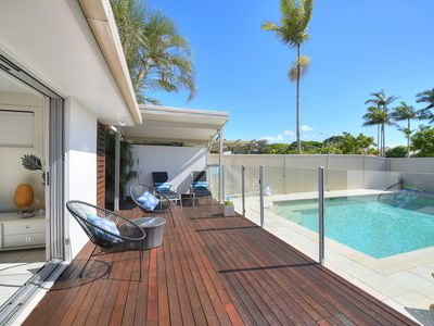 Photo for Beautiful  Mermaid Beach Retreat