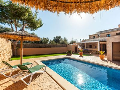 Photo for Family-friendly holiday home with pool – Casa María
