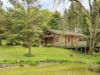 Photo for ROOKERY FARM CABIN, pet friendly in Broadway, Ref 1001784