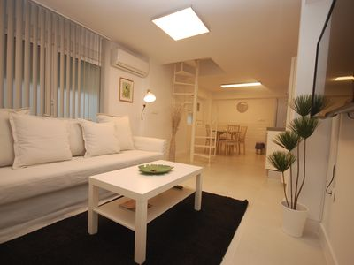Photo for Apartment 1.4 km from the center of Seville with Internet, Air conditioning, Washing machine (907422)