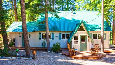 Photo for Pet Friendly Riverfront Cabin with Breathtaking Views! 4 BR, High-speed WIFI