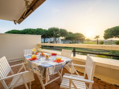 Photo for Apartment Le Serpent de Mer in Port Camargue - 4 persons, 1 bedrooms