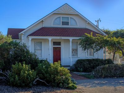 Photo for A Victorian Lightkeepers House by the Sea