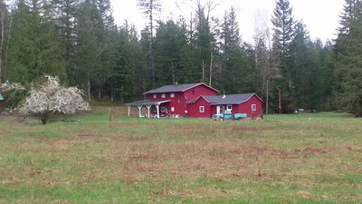 Photo for Large 5 Bedroom Farm House on Private 15 Acres