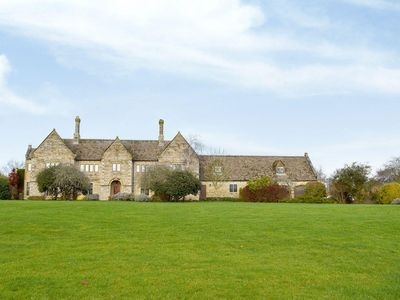 Photo for 1 bedroom accommodation in Stonesfield, Oxford