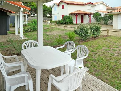 Photo for Nice apartment for 6 guests with pool, WIFI, hot tub, balcony, pets allowed and parking