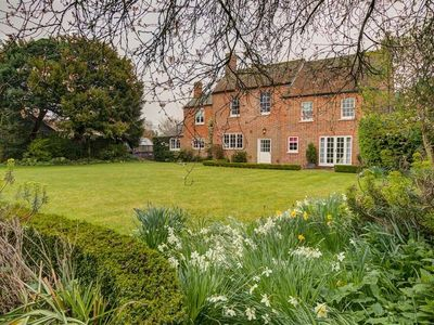 Photo for The Old Vicarage, WEST HANNEY