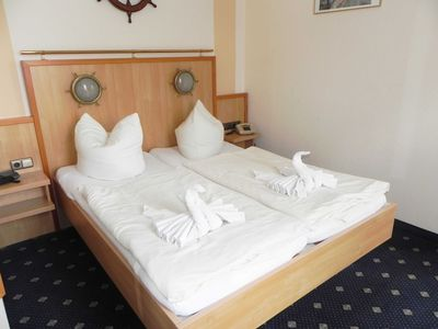 Photo for Double Room 23 - Domkes Hotel Garni Haus an der See