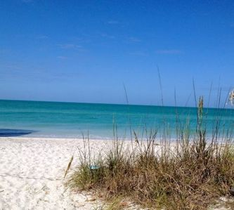 "Photo for LAST MIN DISCOUNT Beachfront Island Cottage On The Gulf ""Old"" FL still exists!!"
