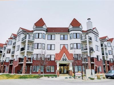 Photo for Beautiful and Convenient 2 Bedroom 2 Bathroom Condo Exit Banff area