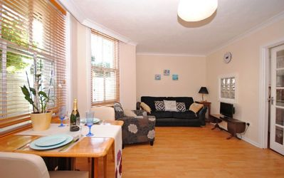 Photo for Spacious studio apartment close to the centre of Brighton.