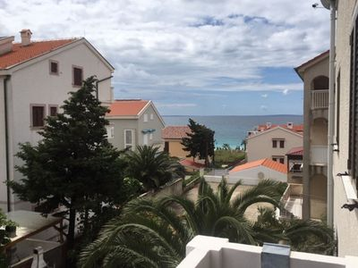 Photo for Lovely apartment with private balcony, 80 m distant from the beach, free WI-FI