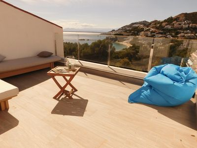 Photo for Modern house overlooking the sea, near the beach in Almadraba, Roses