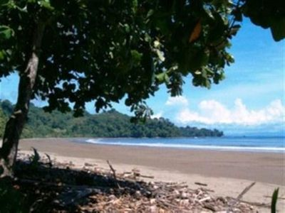 Nearby Beaches include Dominical, Baru, Roca Verde, Ventanas, & many others