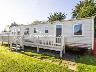 Photo for Luxury caravan for hire in Breydon water in Norfolk ref 10086
