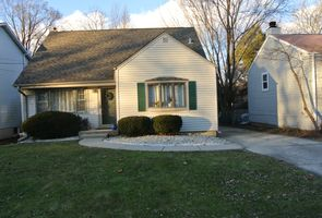 Photo for 4BR House Vacation Rental in Glen Ellyn, Illinois