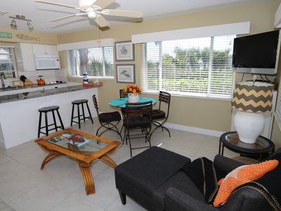 Charming, Remodeled, Sanibel Gulf Front Cottage - White Caps Cottage 8