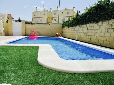 Photo for Lovely villa with private swimming pool