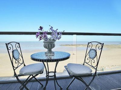Photo for Holiday flat, Margate  in Südengland - 4 persons, 2 bedrooms