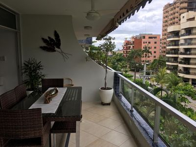 Photo for A BEAUTIFUL SUITABLE FOR AN AMAZING EXPERIENCE IN PRIA DA ENSEADA - GUARUJÁ