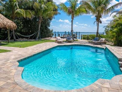 Photo for Spend your getaway by the pool & the dock! Great Deals at Bayside Paradise!