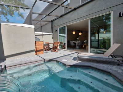 Photo for Sunny Bright 4BR with Beautiful Splash Pool - 4433