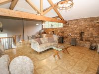Great barn convertion in a tucked away location