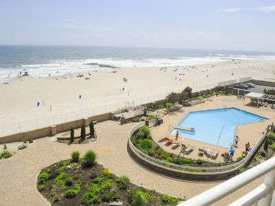 Photo for Beautiful Oceanfront Beach Apartment