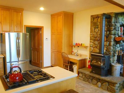 Photo for House in Maple Falls with Parking, Washing machine, Terrace (322098)