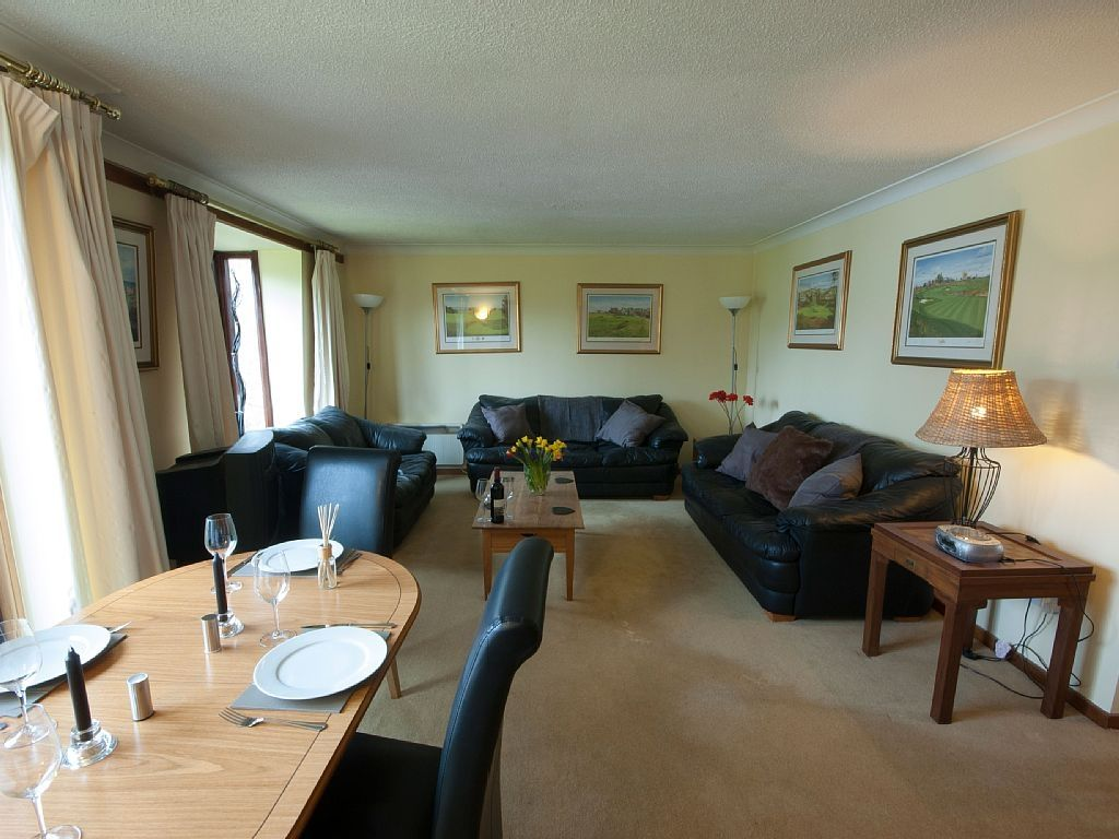 Gleneagles Village Apartment Rental   Living/dining Area With Balcony Over  Landscaped Grounds