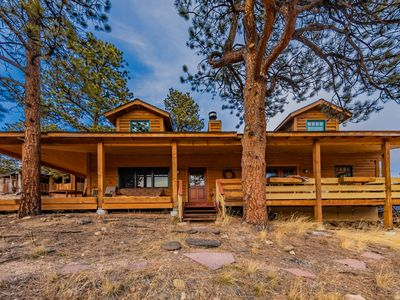 Photo for Mountain Chalet with epic views of Longs Peak mins to National Park