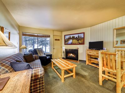 Photo for Dog-friendly condo w/ a fireplace, shared hot tub, & sauna. Walk to lifts!