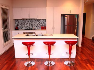 Photo for VILLA ROWAN - MELBOURNE, SLEEPS 14