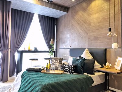 Photo for New! Deluxe Studio near KLCC, Sky Pool, City Center, Petronas Twin Towers view