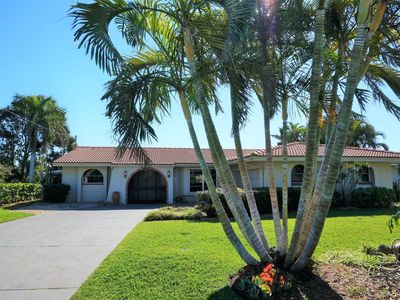 Photo for Tropical Retreat on Cape Coral`s Gold Coast!